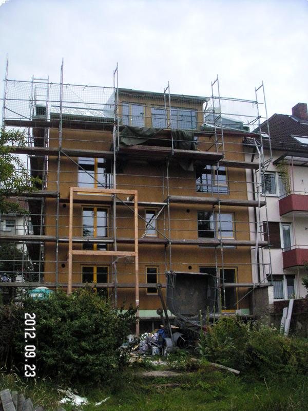 http://www.ar2com.de/architektur/files/gimgs/35_120923ar2combecgartenfassade.jpg
